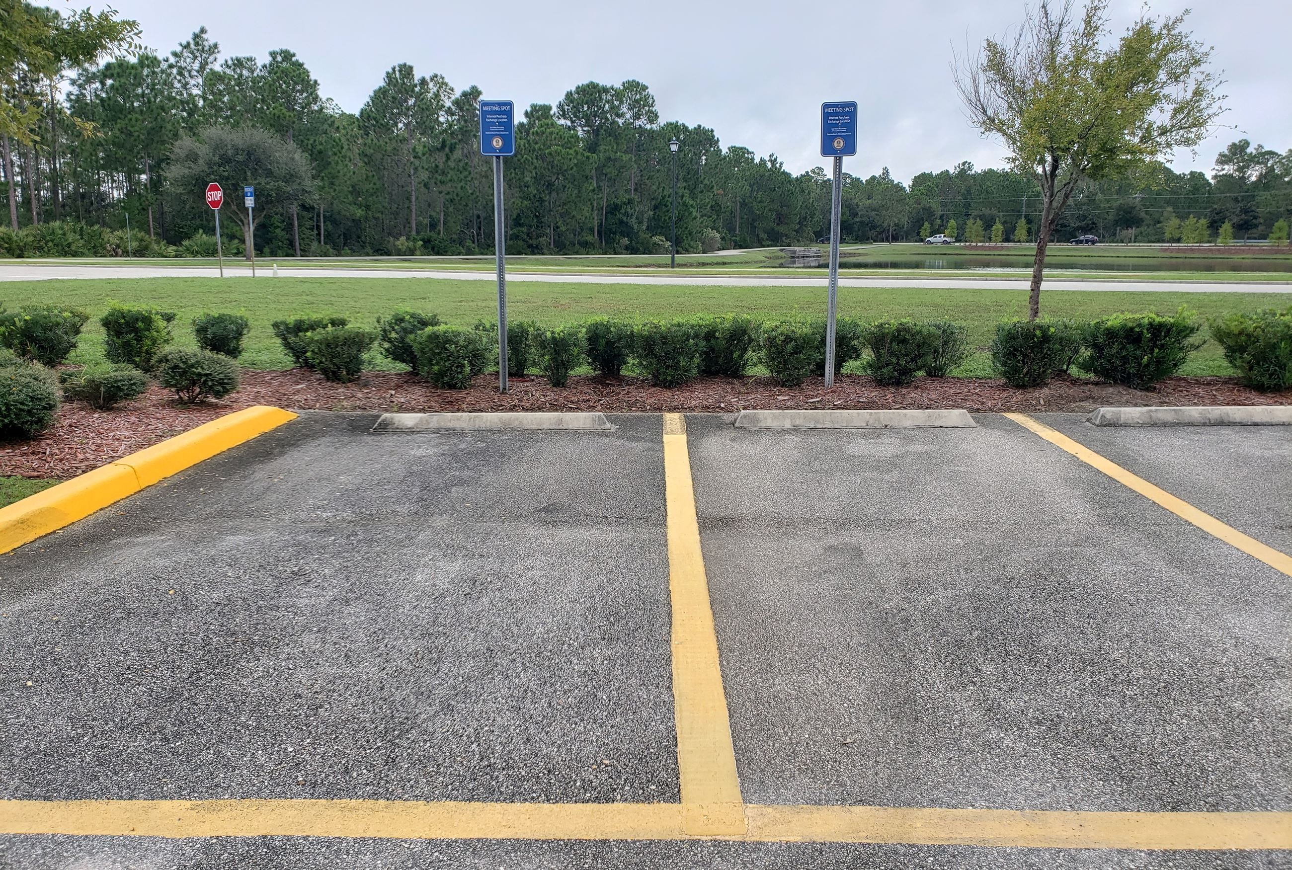 parking lot internet meeting area 129 valor